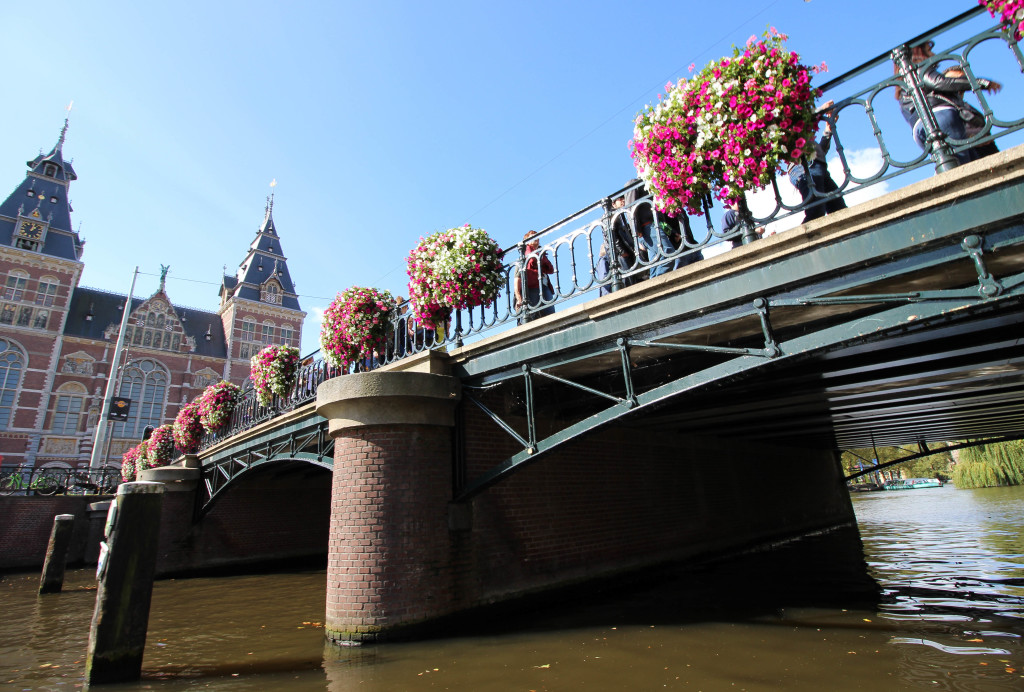 Bridge 82 Amsterdam