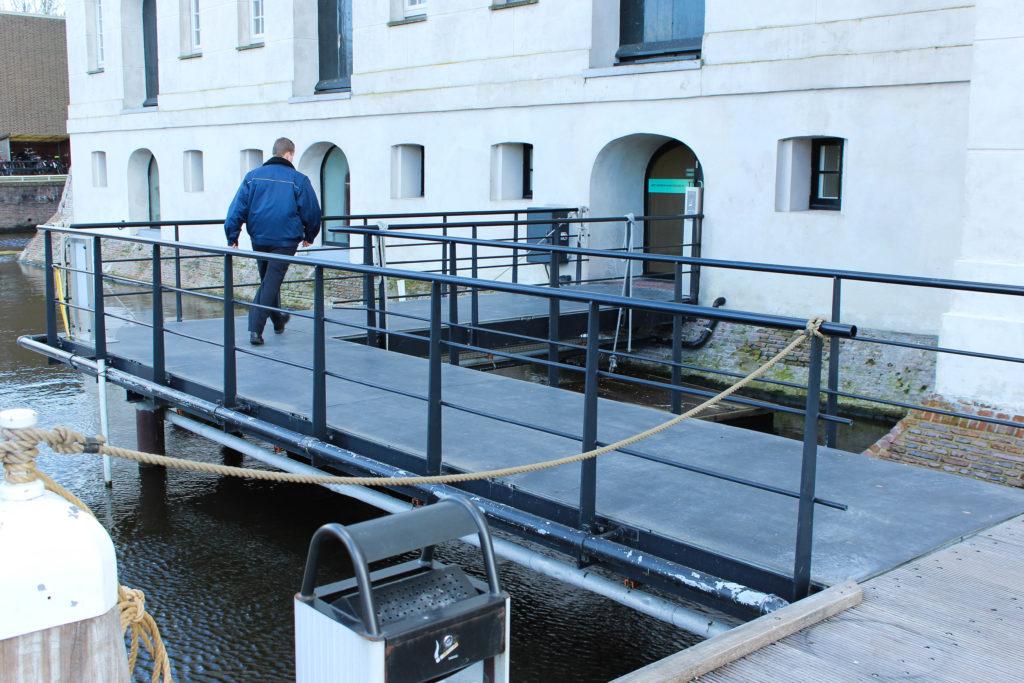 Scheepvaartmuseum, Northern Bridge 1