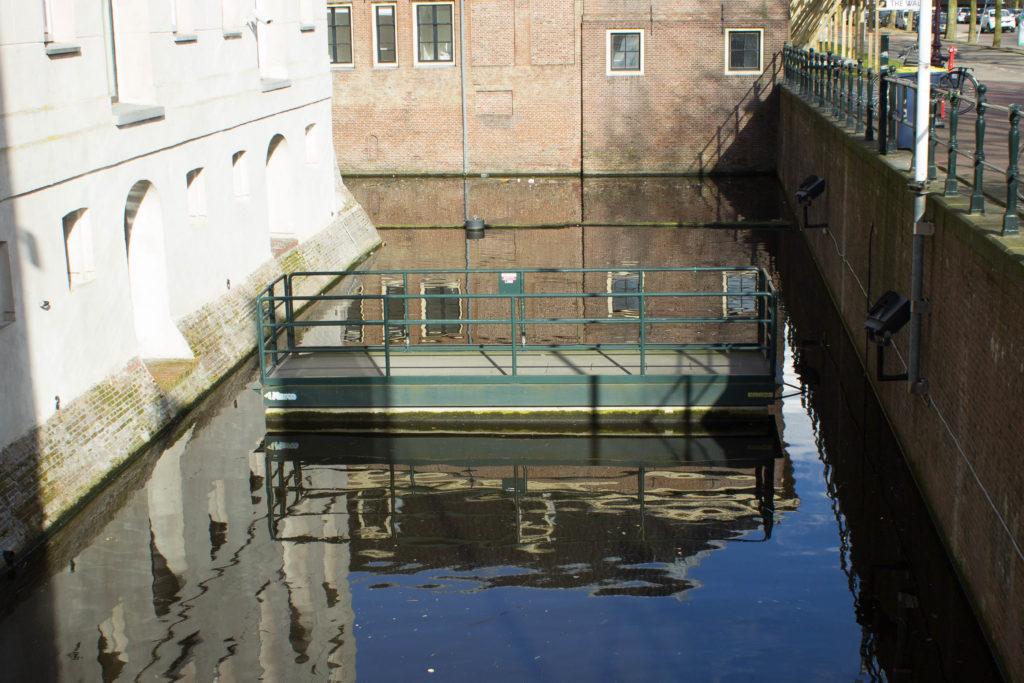 Scheepvaartmuseum, Marco Scissor Bridge