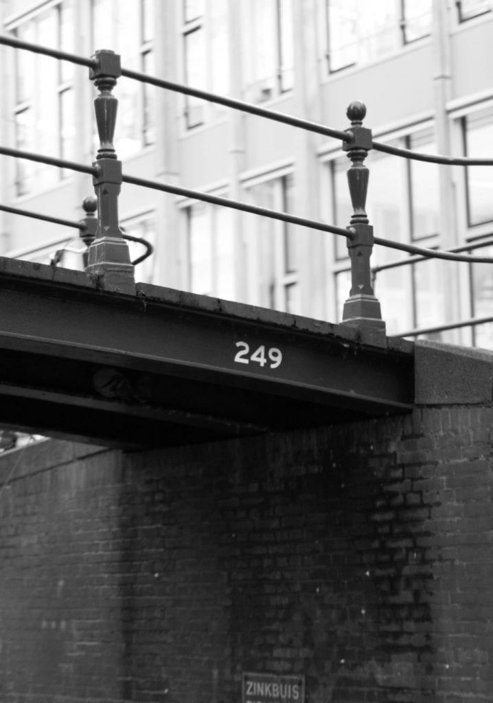 Bridge 294. Copyright: Bridges of Amsterdam (Luke Walker)