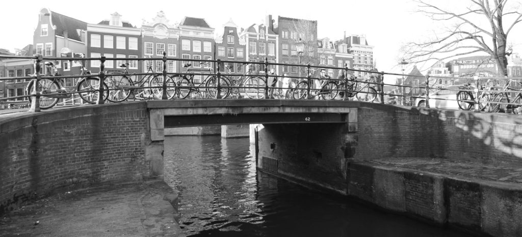 Bridge 62. Copyright: Bridges of Amsterdam (Luke Walker)